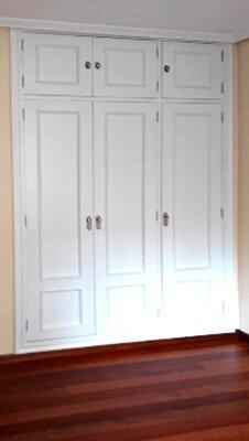 Decoración en puertas y paredes